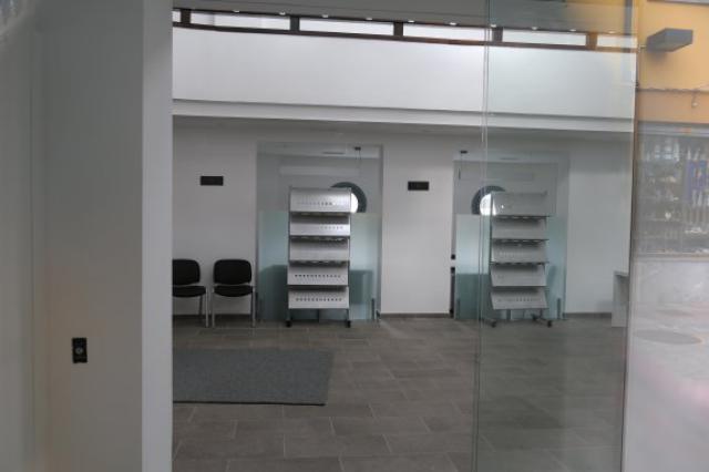 Inauguraci n de la nueva oficina de turismo de llanes for Oficina turismo llanes
