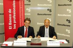 Firma del Convenio de Colaboración con el Banco Herrero