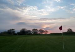 Allares denuncia el mal estado del Campo de Golf